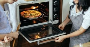 How to Cook Frozen Pizza in Toaster Oven